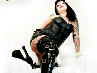 tattoo lady cam